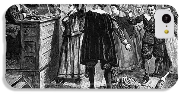 compare and contrast salem witch trials