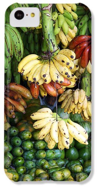 Banana Display. IPhone 5c Case by Jane Rix