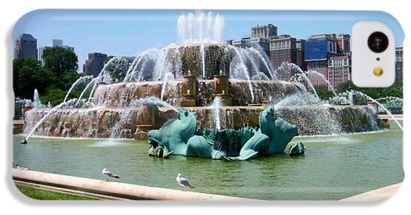 Buckingham Fountain IPhone 5c Case by Anita Burgermeister