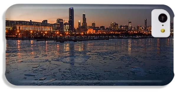 Chicago Skyline At Dusk IPhone 5c Case by Sven Brogren