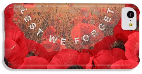 IPhone 5c Case featuring the photograph Lest We Forget - 1914-1918 by Travel Pics