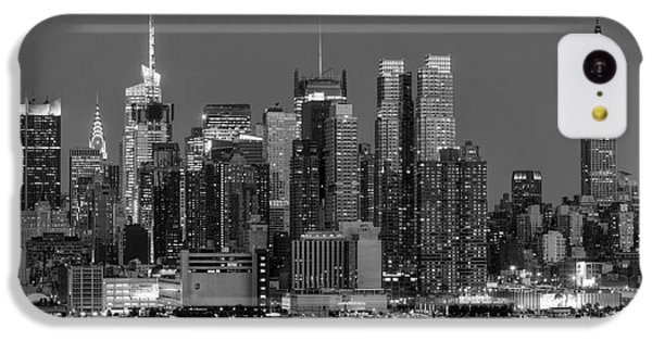 Manhattan Twilight Iv IPhone 5c Case by Clarence Holmes