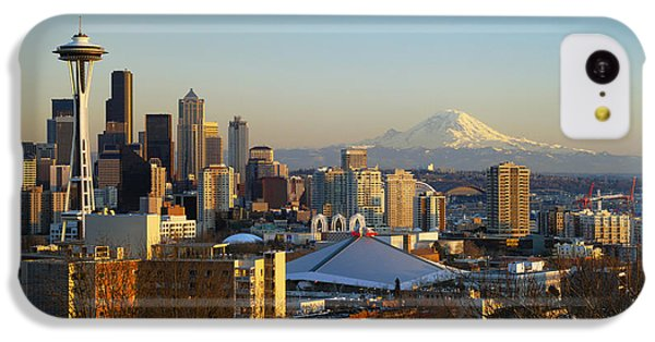 Seattle Cityscape IPhone 5c Case by Greg Vaughn - Printscapes
