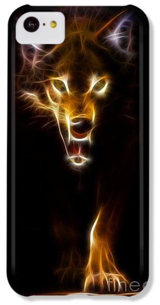Wolf Ready To Attack IPhone 5c Case by Pamela Johnson
