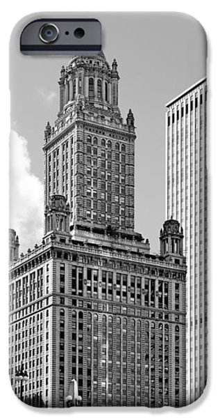 35 East Wacker Chicago - Jewelers Building iPhone Case by Christine Till