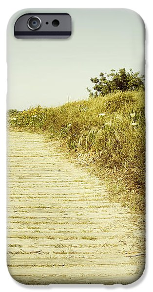 Beach trail iPhone Case by Les Cunliffe
