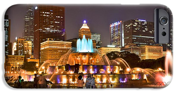 Chicago Cubs iPhone Cases - Buckingham Fountain iPhone Case by Frozen in Time Fine Art Photography