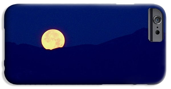 Moon iPhone Cases - Moonset iPhone Case by Rona Black