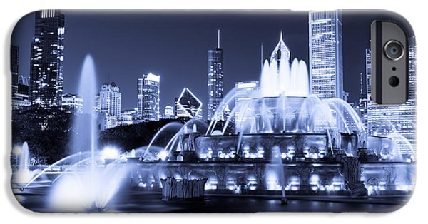 Chicago iPhone Cases - Photo of Chicago at Night with Buckingham Fountain iPhone Case by Paul Velgos
