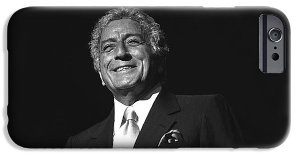 Painter Photo Photographs iPhone Cases - Singer Tony Bennett iPhone Case by Front Row  Photographs
