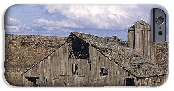Contour Plowing iPhone Cases - The Lewiston Breaks Barn iPhone Case by Doug Davidson