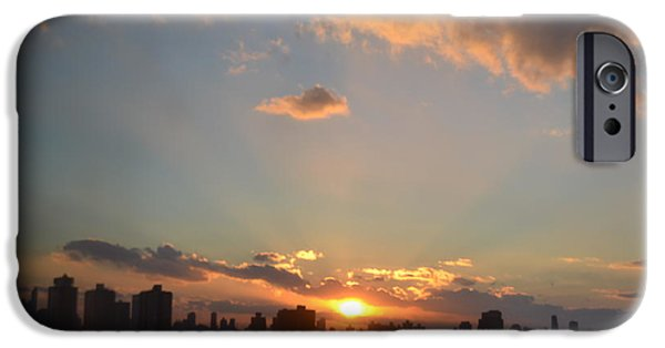 Robert Daniels iPhone Cases - A Beautiful Evening iPhone Case by Robert Daniels