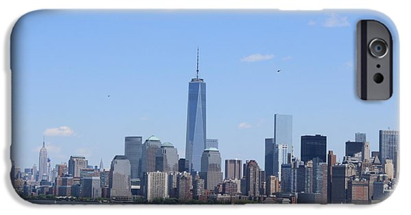Hudson River iPhone Cases - A Manhattan Saturday iPhone Case by Suzanne Perry