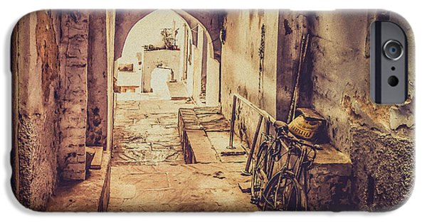Harem Photographs iPhone Cases - A passage in India iPhone Case by Catherine Arnas