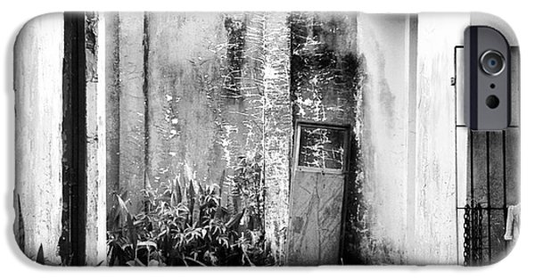 Built Structure Drawings iPhone Cases - Abandoned House In Beautiful Scenario iPhone Case by Joao Franz
