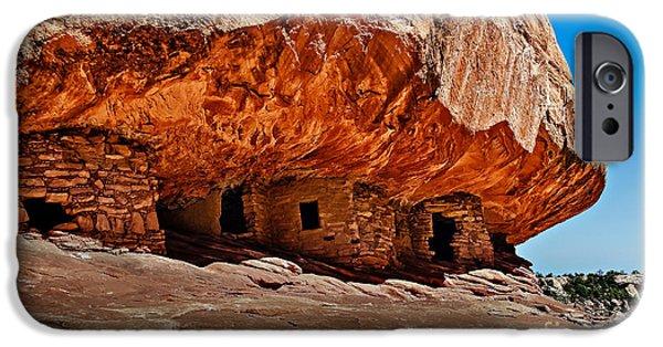 Pueblo Architecture iPhone Cases - Anasazi Cliff Ruins iPhone Case by Robert Bales