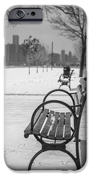 Bench at Belle Isle with Detroit i iPhone Case by John McGraw