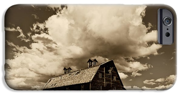 Old Barns iPhone Cases - Blasdel Barn iPhone Case by Mark Kiver