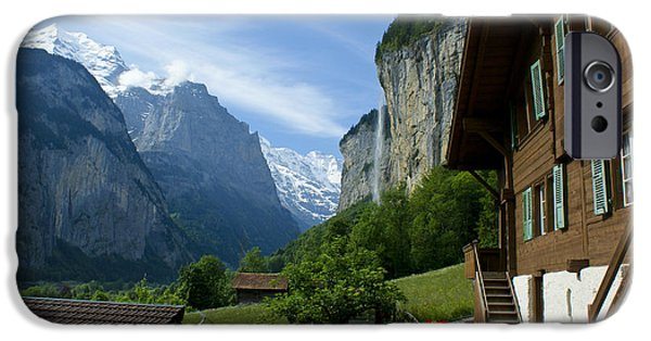 Grindelwald iPhone Cases - Breathtaking Lauterbrunnen Valley iPhone Case by Brian Kamprath