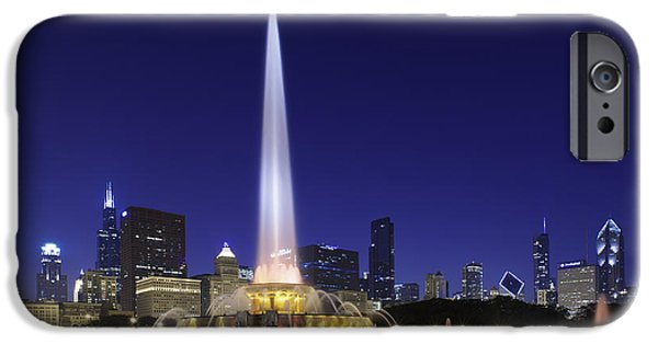 Willis Tower iPhone Cases - Buckingham Fountain iPhone Case by Sebastian Musial