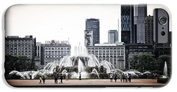Business iPhone Cases - Buckingham Fountain iPhone Case by Thomas Woolworth