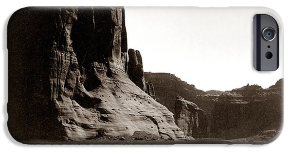 Chelly iPhone Cases - Canonde Chelly AZ 1904 iPhone Case by Edward S Curtis