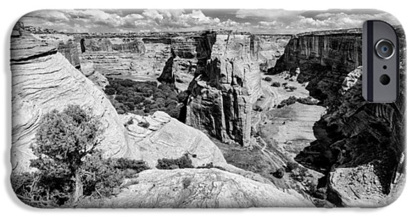 Chelly iPhone Cases - Canyon del Muerto Canyon de Chelly Navajo Nation Chinle Arizona iPhone Case by Silvio Ligutti