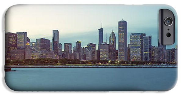 Chicago Photographs iPhone Cases - Chicago Skyline iPhone Case by Ian Barber