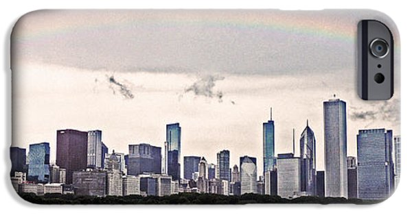 Willis Tower iPhone Cases - Chicagos Skyline iPhone Case by Lydia Holly