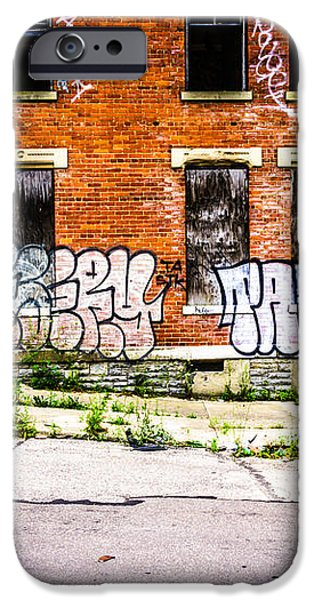 Cincinnati Glencoe Auburn Place Graffiti Photo iPhone Case by Paul Velgos