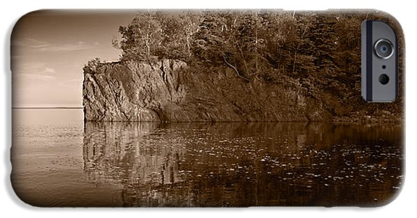 Minnesota Photographs iPhone Cases - Cliff Face Northshore MN BW iPhone Case by Steve Gadomski
