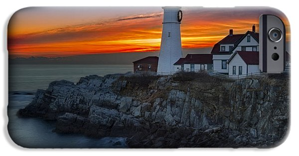 Susan Candelario Photographs iPhone Cases - Dawn At Portalnd Head Light iPhone Case by Susan Candelario