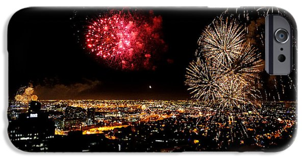 4th Of July iPhone Cases - Dazzling Fireworks III iPhone Case by Ray Warren