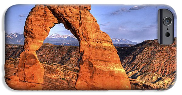 Red Rock iPhone Cases - Delicate Arch Utah iPhone Case by Thad Roan