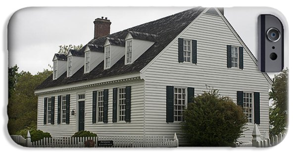 Yorktown Virginia iPhone Cases - Dudley Diggs House Yorktown iPhone Case by Teresa Mucha