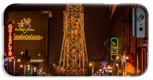 Duluth iPhone Cases - Duluth Lake Avenue iPhone Case by Paul Freidlund