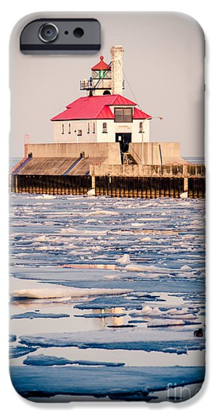 Duluth iPhone Cases - Duluth South Breakwater Outer Light iPhone Case by Shutter Happens Photography