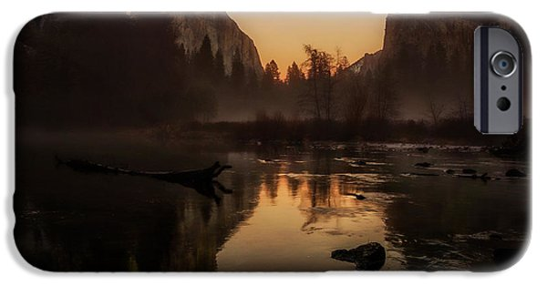 Cathedral Rock iPhone Cases - Dusk at Valley View Yosemite National Park iPhone Case by Scott McGuire