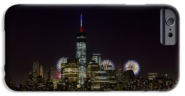 4th July Photographs iPhone Cases - Fireworks 4th of July iPhone Case by D Plinth