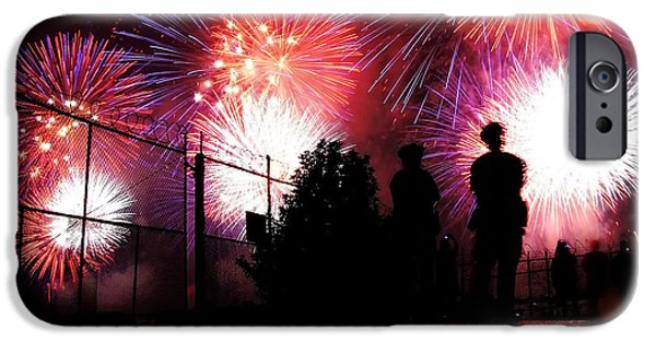 4th July Photographs iPhone Cases - Fireworks iPhone Case by Nishanth Gopinathan