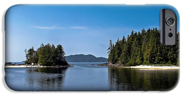 Canada Photograph iPhone Cases - Fury Cove iPhone Case by Robert Bales