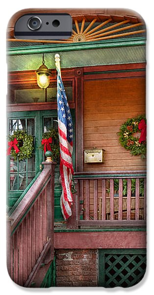 House - Porch - Metuchen NJ - That yule tide spirit iPhone Case by Mike Savad