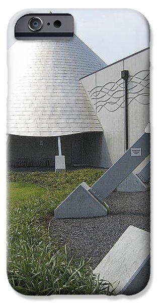 IMILOA ASTRONOMY CENTER - HILO HAWAII iPhone Case by Daniel Hagerman
