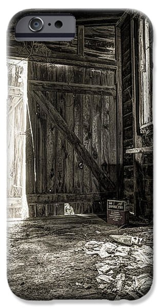 Inside Leo's Apple Barn - The old television in the apple barn iPhone Case by Gary Heller