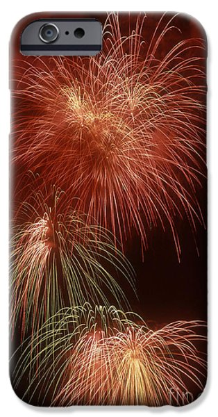 4th July Photographs iPhone Cases - July 4th Fireworks iPhone Case by Tom McHugh