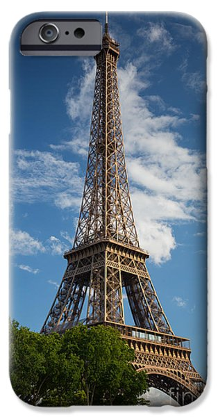 Europa iPhone Cases - La Tour Eiffel iPhone Case by Inge Johnsson