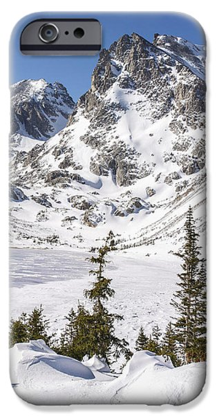 Nederland iPhone Cases - Lake Isabelle Vertical iPhone Case by Aaron Spong