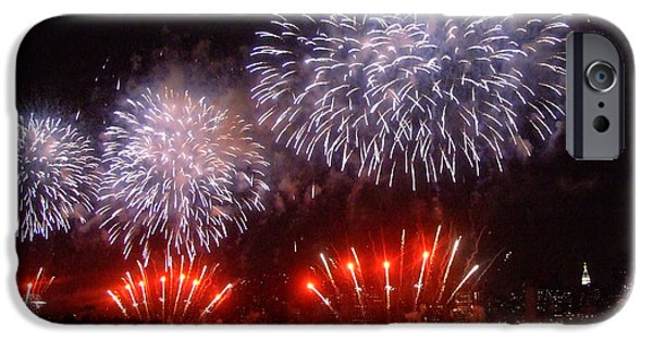 July 4th Photographs iPhone Cases - Macys July 4th Fireworks in New York City iPhone Case by Nishanth Gopinathan