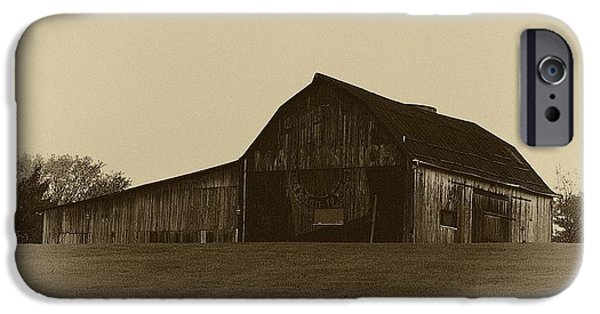 Old Barns iPhone Cases - Mail Pouch Barn 11 iPhone Case by Douglas Perry