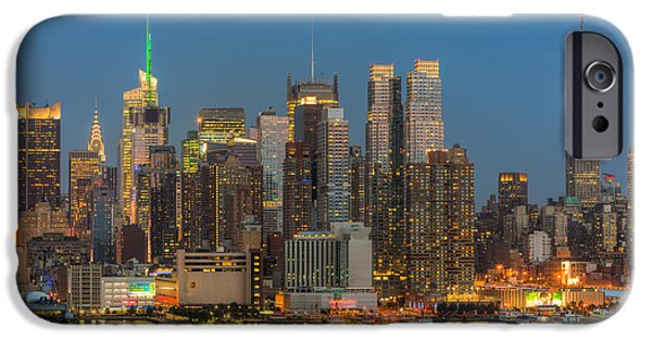 Nast iPhone Cases - Manhattan Twilight III iPhone Case by Clarence Holmes